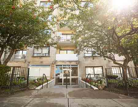 Apartments for Rent in South Parkdale in Toronto