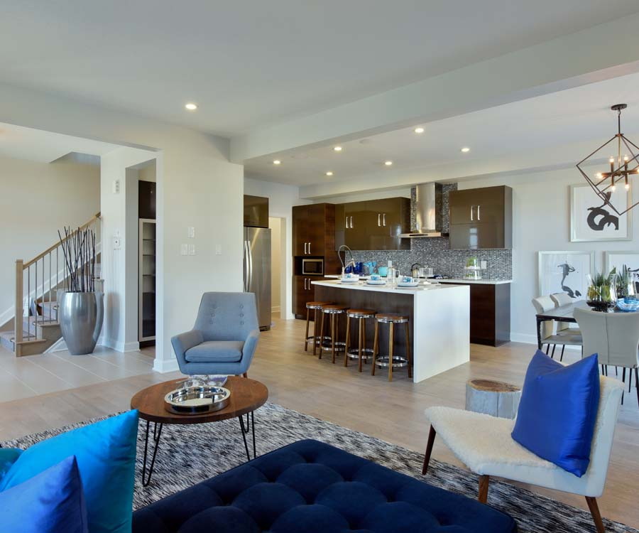 Open concept living room and kitchen by Minto Communities. 7 reasons to choose Harmony in Barrhaven.