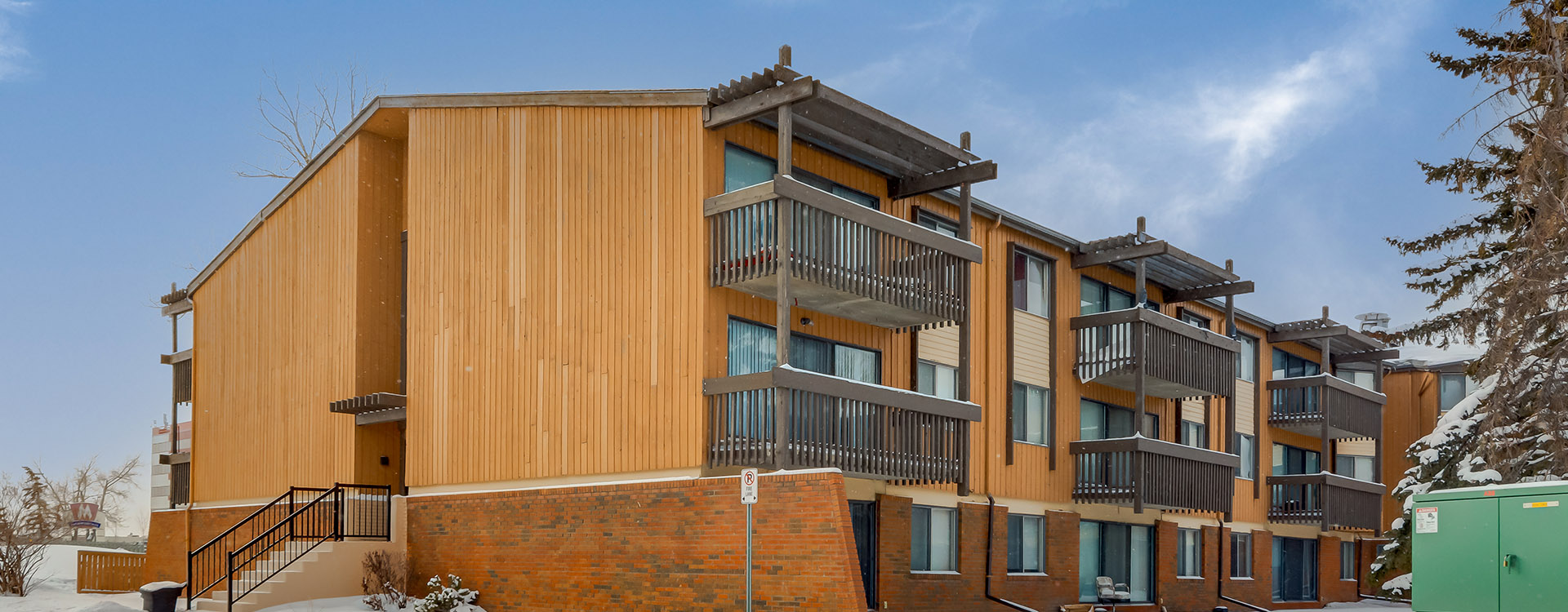 applewood-village-3805-marlborough-drive-ne-calgary-exterior