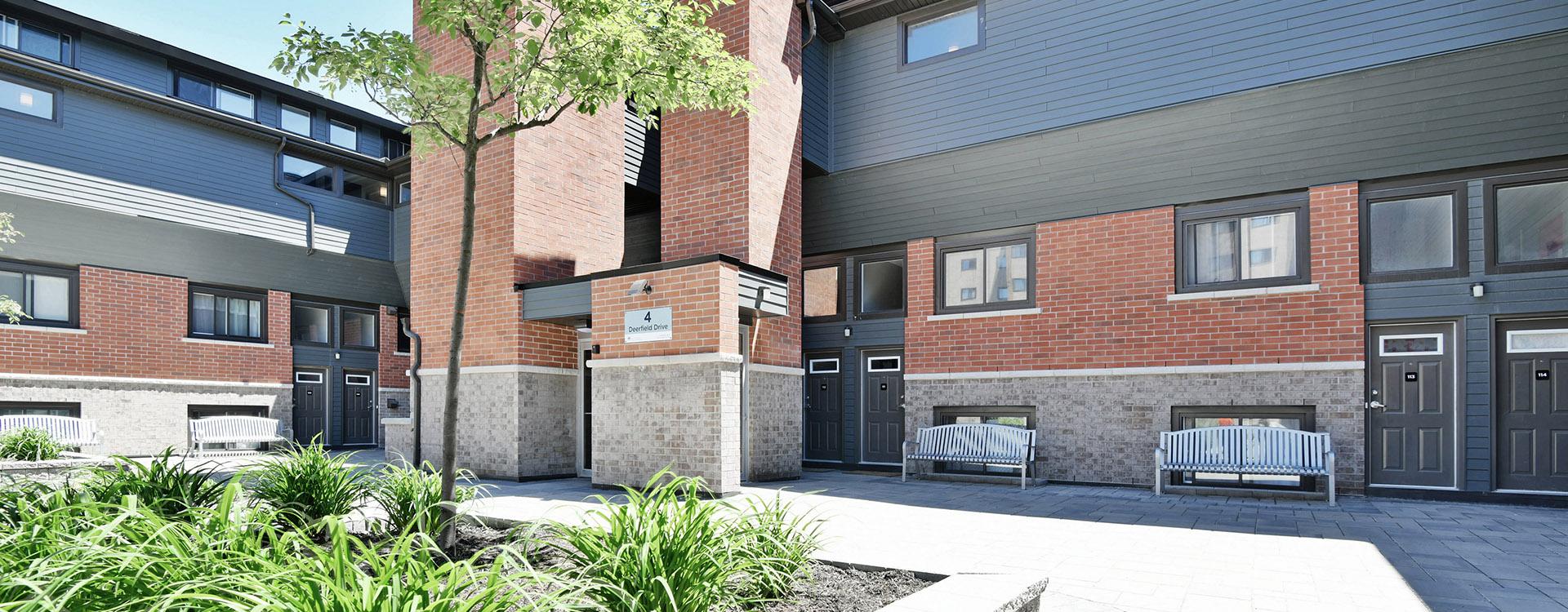 navaho-apartments-10-deerfield-drive-nepean-exterior
