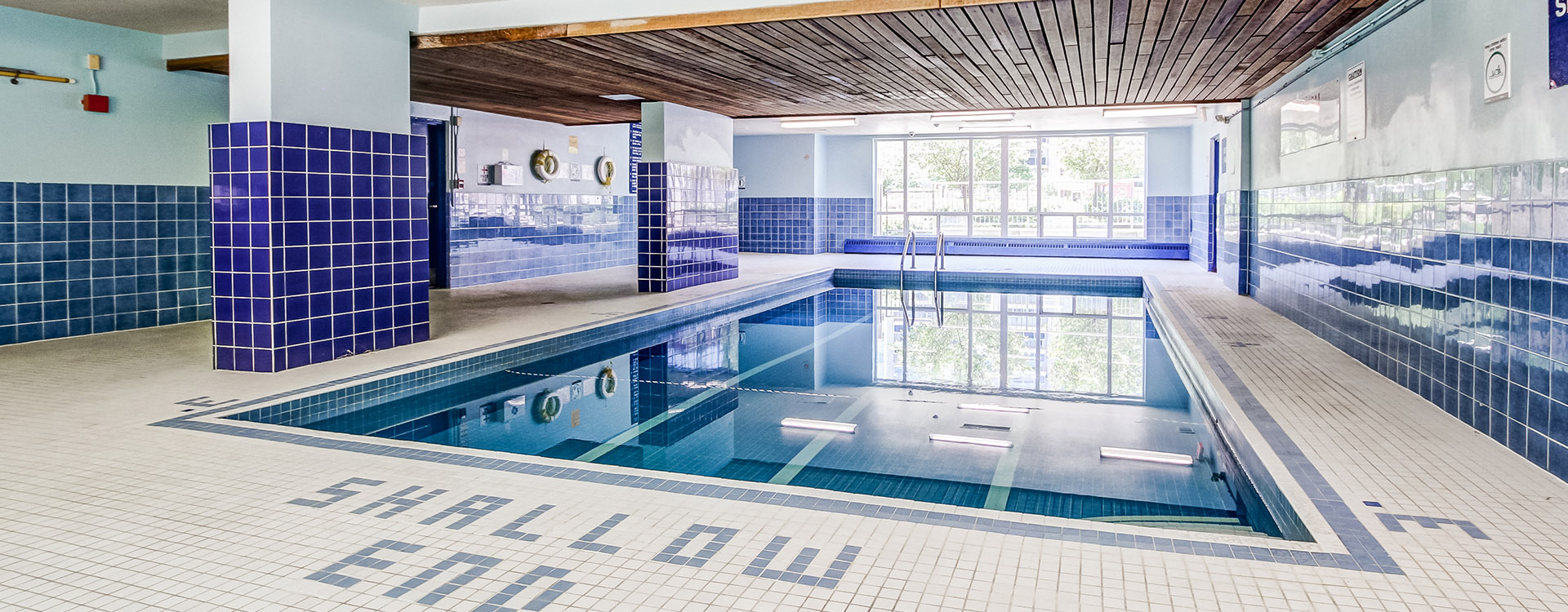 Indoor swimming pool at Richgrove Apartments in Toronto. Rent with Minto Apartments.