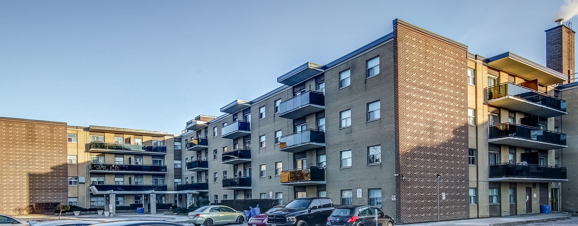 Exterior of the Upper Canada Drive Apartments in Toronto. Rent with Minto Apartments.