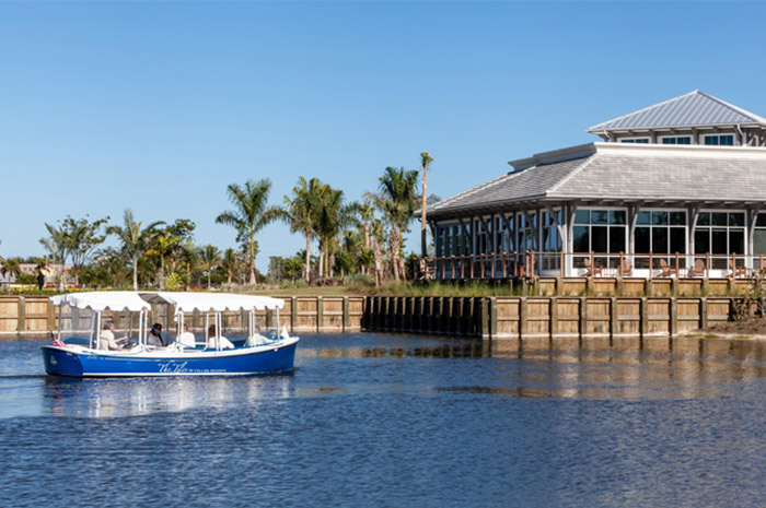 Boat tours along the Cypress Waterway