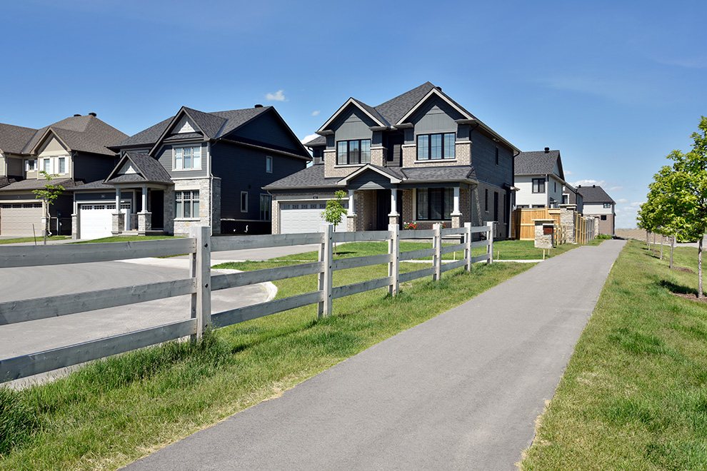 Single Family Homes in Mahogany – a community in Manotick, by Minto Communities