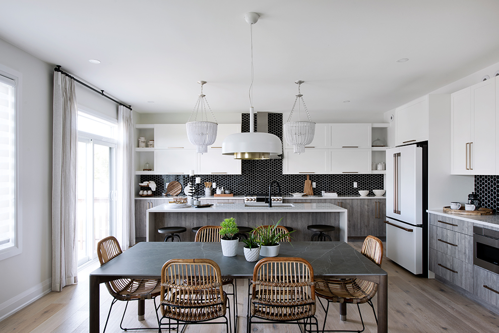 Noble - Single Family Home - Breakfast area and kitchen