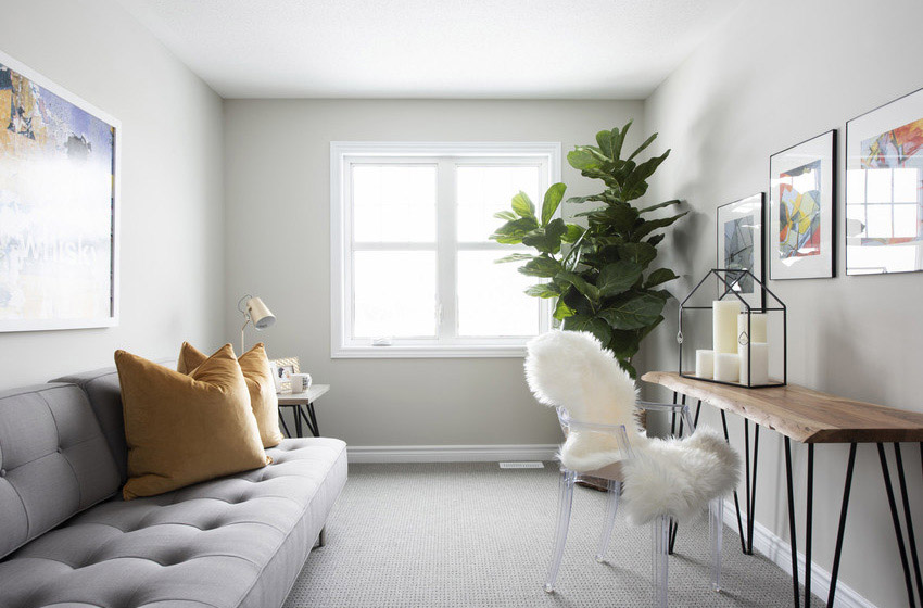 Canal - Avenue Townhome - Den