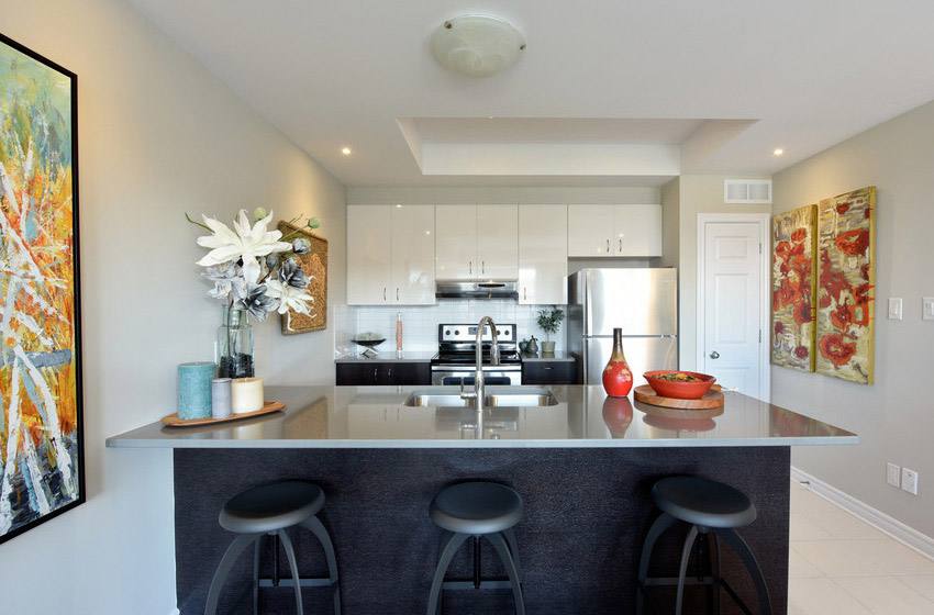 Downing - Avenue Townhome - Kitchen