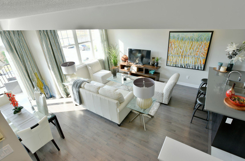 Downing - Avenue Townhome - Living Room
