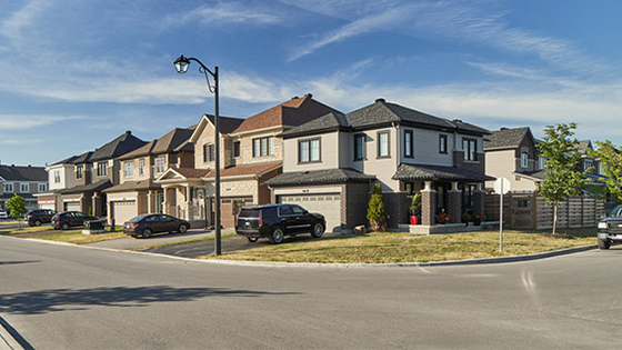 Streetscape photography in Quinn's Pointe, Barrhaven