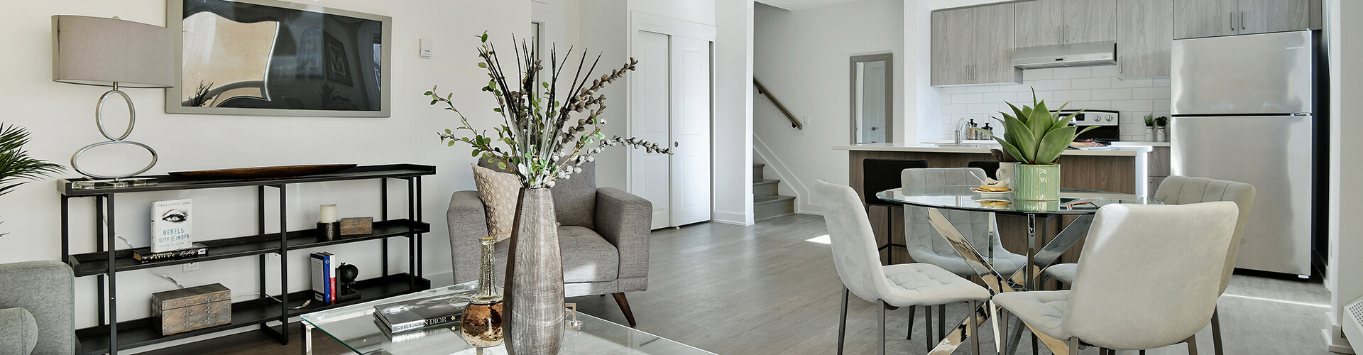 Spacious living room at Skyline Stacked Townhomes in Ottawa. Rent with Minto Apartments.