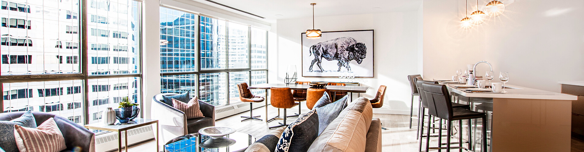 Luxurious living room at The International Apartments in Calgary. Rent with Minto Apartments.
