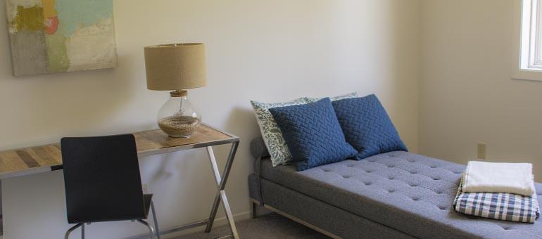 Centrepointe Ottawa apartment bedroom