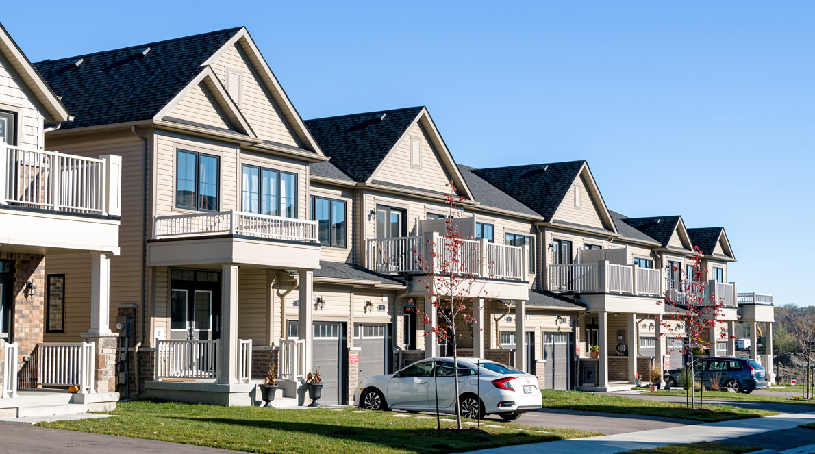 Townhomes for sale at Queen's Landing in East Gwillimbury