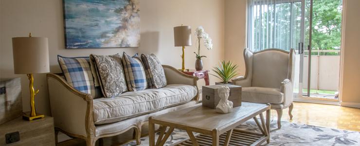 Lord Seaton Living Room