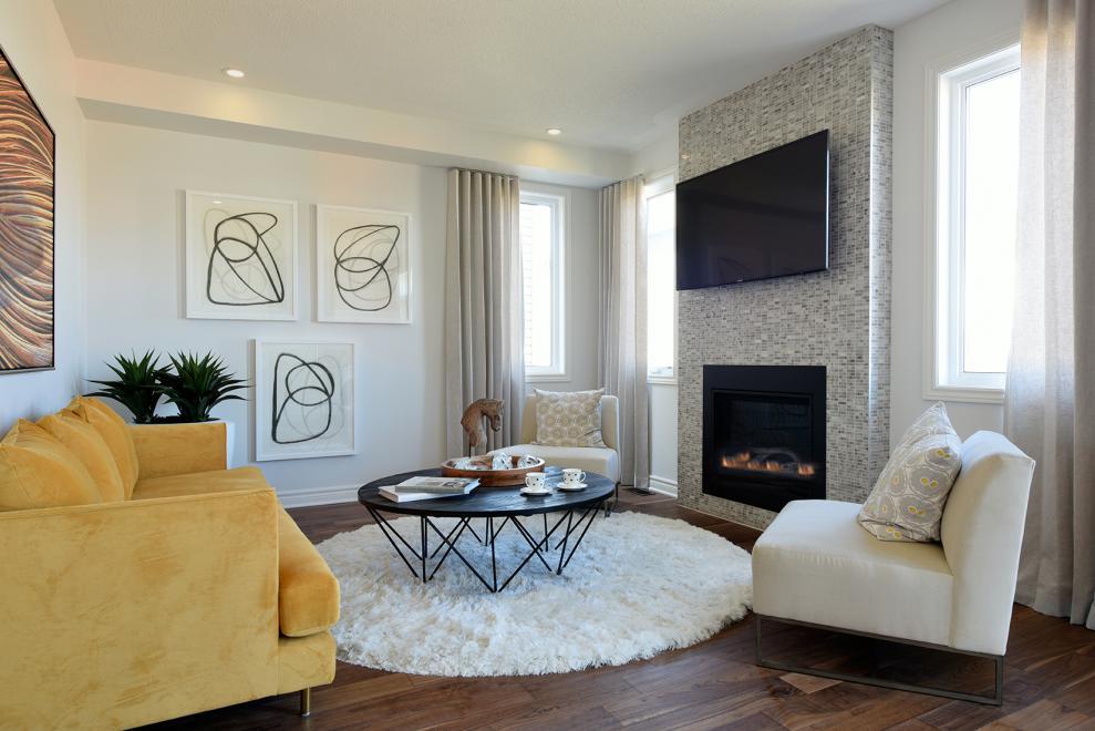 Georgian - Single Family Home - Living Room