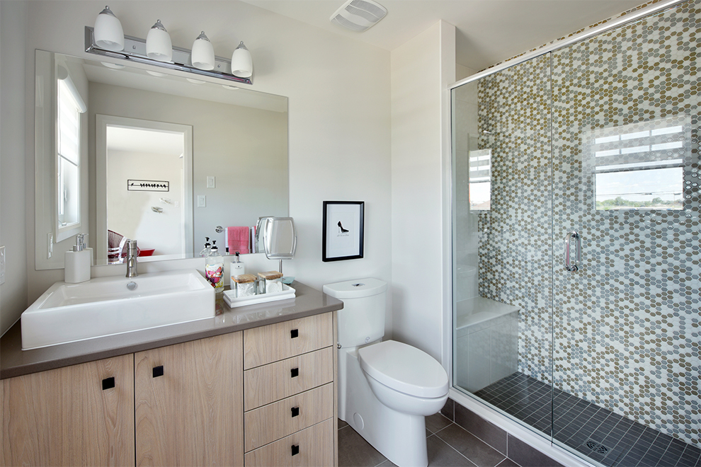 Mackenzie Bathroom, Minto Communities Ottawa