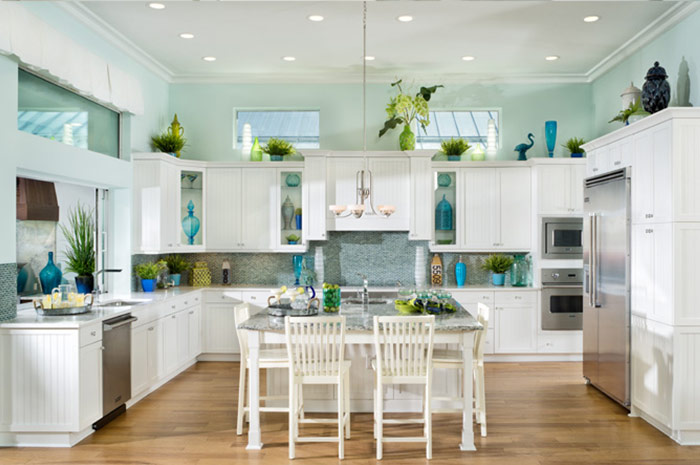Large luxury kitchen with center island perfect for entertaining (Jasmine Grande shown)