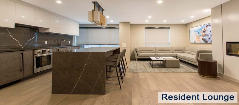 Resident Lounge in Luxury Apartments For Rent in Yorkville Downtown Toronto
