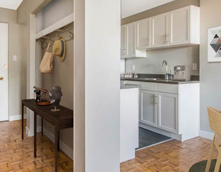 Newly Renovated Apartments Near Shopping and Restaurants in Downtown Edmonton